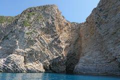 Paradisstrand av Liapades på den Korfu ön Grekland sedimentary royaltyfri bild