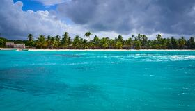 Paradisstrand på karibiskt Arkivfoton