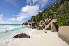 ParadisstrandSeychellerna Indiska oceanen Arkivfoto