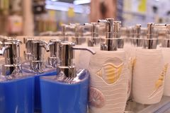 Paraffin candleDispenser Porzellan, Weiß, Flüssigseifezufuhr stockfoto