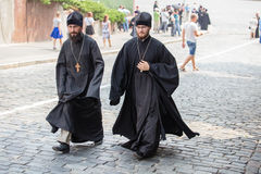 Parafianina Ortodoksalnego kościół Moskwa Ukraiński patriarchat podczas religijnego korowodu Kijów, Ukraina zdjęcie royalty free