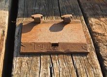 Parafuso oxidado velho do dorminhoco Fotos de Stock