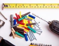 Parafusos e ferramentas de Rawlplugs Fotos de Stock Royalty Free