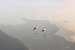 Paraglider Fotos de Stock