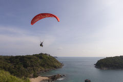 Paraglider above a sea Royalty Free Stock Photography
