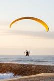Paraglider do motor foto de stock