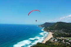 Paraglider e praia Fotos de Stock