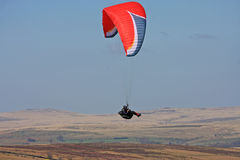 Paraglider over Dartmoor Royalty Free Stock Photos