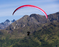 Paraglider over Hatcher Pass in Alaska Royalty Free Stock Photography