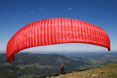 Paraglider preparing for take-off Royalty Free Stock Images
