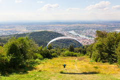 Paraglider running for take off Royalty Free Stock Photos