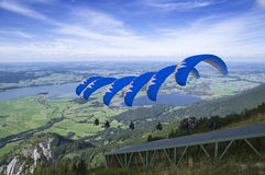 Paraglider_Sequence_blue Royalty Free Stock Photography