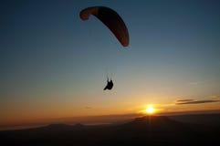 paraglider zmierzch Zdjęcie Stock