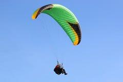 Paragliderflyg Royaltyfria Foton