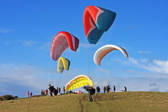Paragliderlansering Arkivbilder