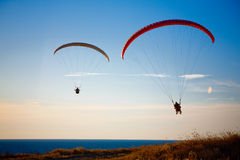 Free Paragliders Stock Photography - 5771452