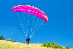 paragliders Arkivbilder
