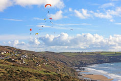 Paragliders above Whitsand Bay Royalty Free Stock Images