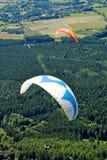 Paragliders em France Fotos de Stock