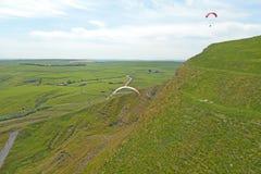 Paragliders no Tor de Mam Imagens de Stock