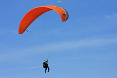 paraglidertandemcykel Royaltyfria Bilder