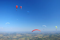 Paraglides Fotos de Stock Royalty Free