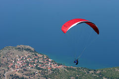 Paragliding. Above blue ohrid lake Stock Photos
