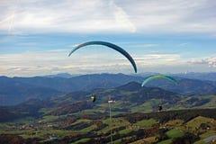 paragliding стоковое фото rf