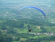Paragliding, bezpłatny latanie obrazy royalty free