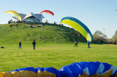 Paragliding course lessons for new beginners on the park Royalty Free Stock Photos