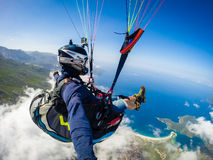 paragliding Die Türkei, Oludenizudeniz Stockfoto