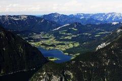 Paragliding, Hallstatter See, Scenery around the mountain Hoher Krippenstein, Salzkammergut, Salzburg, Austria Stock Images