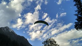 Paragliding himachal pardesh Royalty Free Stock Photography