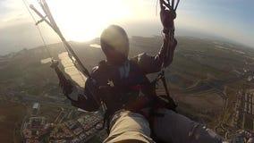 Paragliding i Tenerife arkivfilmer