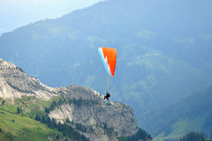 Paragliding na montanha de Pilatus, Switzerland Fotos de Stock
