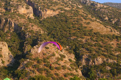 Paragliding (od Oludeniz, Fethiye -) Zdjęcie Stock