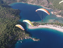 Paragliding Oludeniz Fotografering för Bildbyråer