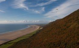 Paragliding przy Rhossili Zdjęcie Royalty Free