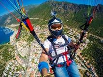 paragliding Turquía, Kas Imagenes de archivo