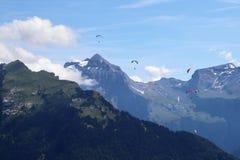 Paragliding w Samoens, Francuscy Alps obraz stock