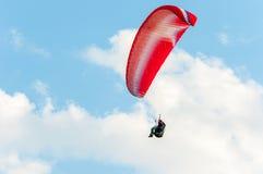 Paraglidingflyg Fotografering för Bildbyråer