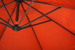 Paraguas anaranjado Fotografía de archivo