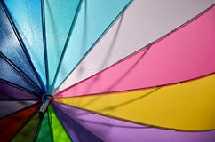 Paraguas coloreado arco iris Foto de archivo libre de regalías