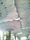Paraguas de la mezquita de Nabawi Imagenes de archivo