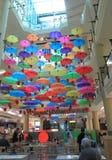 Paraguas de la zona de restaurantes Imagen de archivo