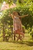 Paraguas del rosa del witn de la niña Foto de archivo libre de regalías