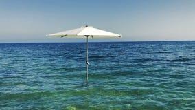 Paraguas en el mar metrajes
