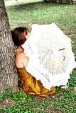 Paraguas hecho andrajos Fotos de archivo