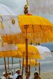 Paraguas hindúes de la ceremonia Imagenes de archivo