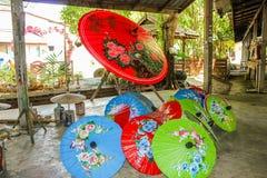 Paraguas tailandeses del papel de arroz Fotos de archivo